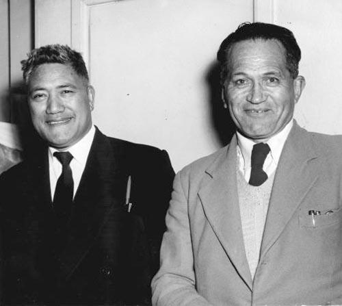 Arapeta Awatere (left) and George Nepia