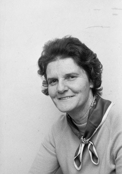 Sonja Davies, 1971
