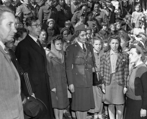 Official welcome for Polish refugee children, Wellington, 1944