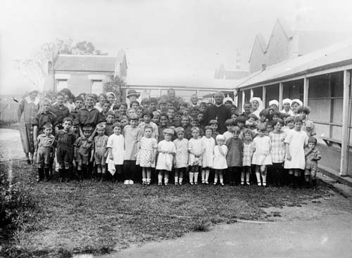 Orphanage children, 1926