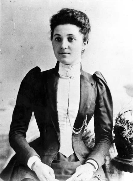 Jane Annie Collier, early 1890s