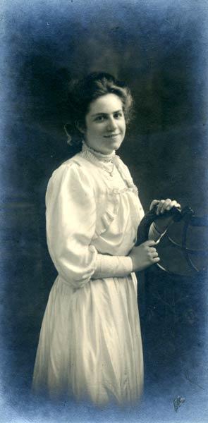 Eileen Fairbairn, about 1915