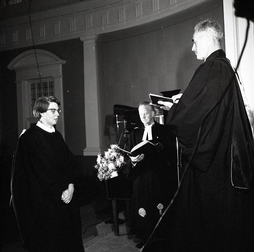 First woman Presbyterian minister