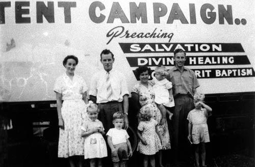 Pentecostal tent campaign, 1958