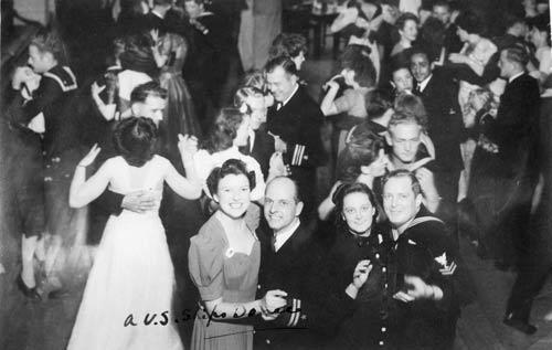 Majestic Cabaret, 1942