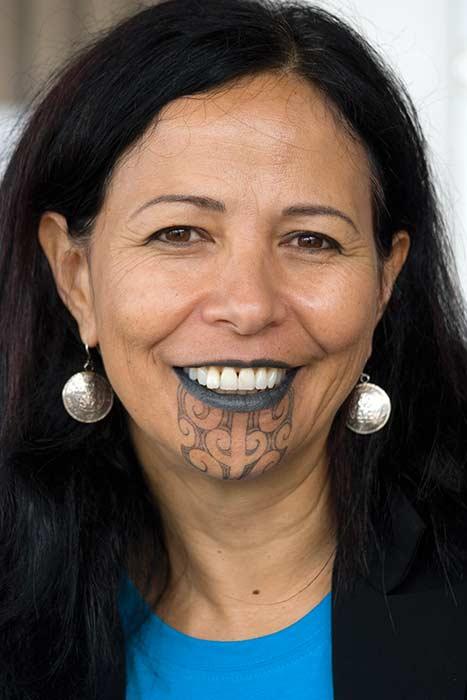 Women S Maori Moko Chin Body Temporary Tattoos: Te Mana O Te Wāhine