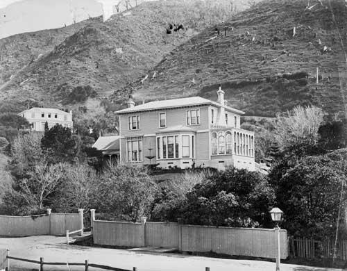 Premier House, 1880