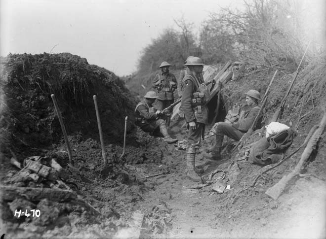 New Zealand soldiers on the Somme, 1918