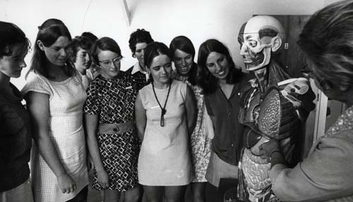Courses: occupational therapy, Central Institute of Technology, 1971