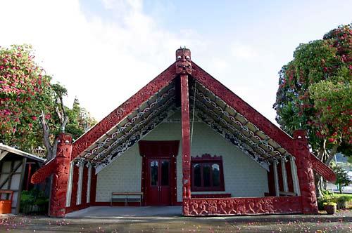 Te Tokanganui-a-Noho wharenui