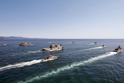 Royal New Zealand Navy fleet concentration, Cook Strait, 2011