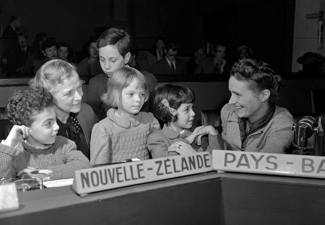 Explaining human rights to children, 1948