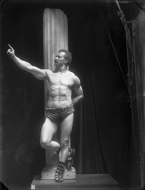 Eugen Sandow, 1902