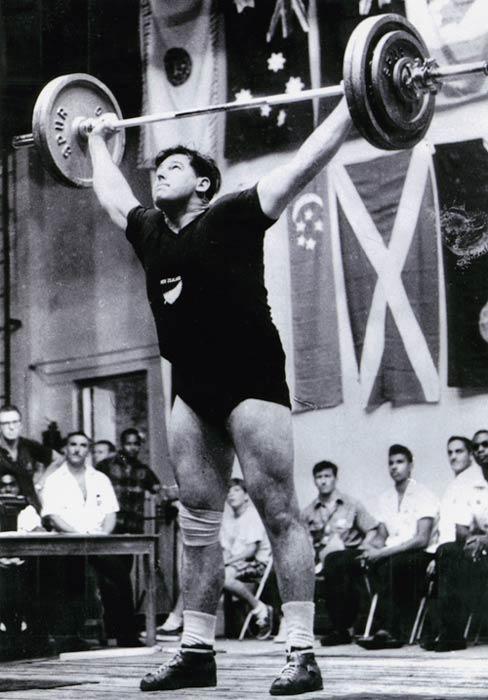 Don Oliver, heavyweight champion