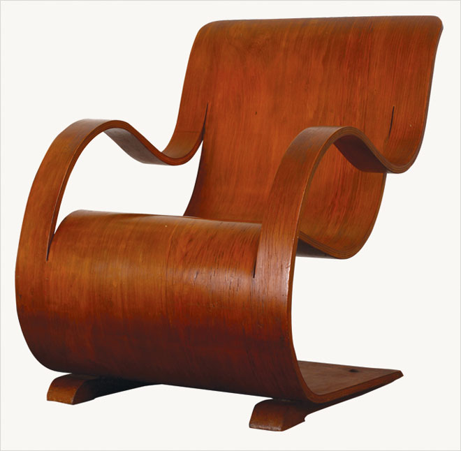 Curvesse chair