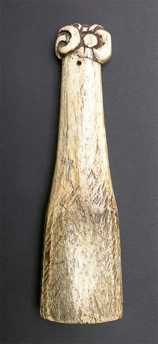 Tā whakairo – carving mallet