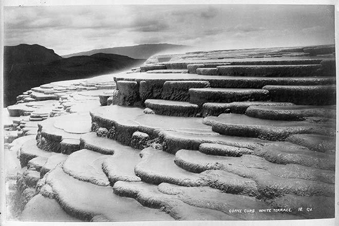 White Terraces photographed by George Valentine, 1885