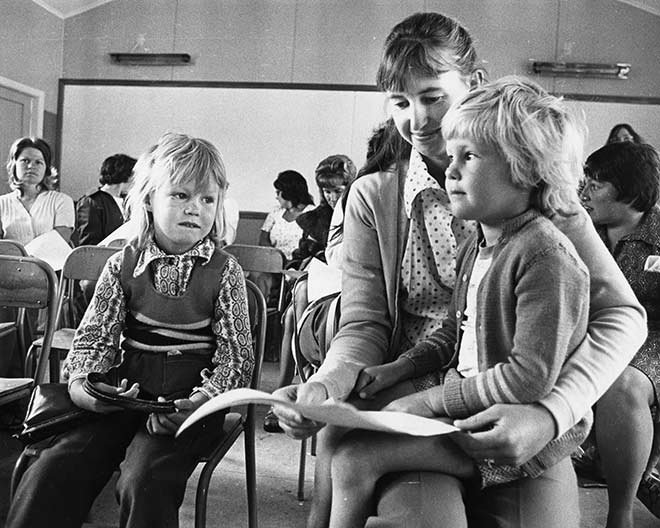 Adult education at Newlands College, Wellington, 1976