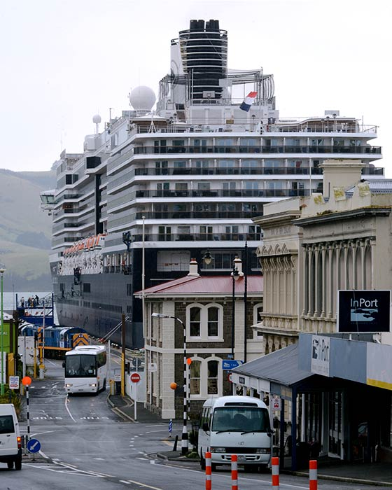 The Oosterdam at Port Chalmers