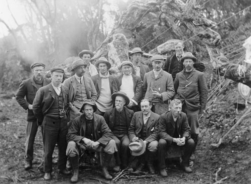 Members of the Auckland Islands Party of the Sub-Antarctic Expedition, 1907