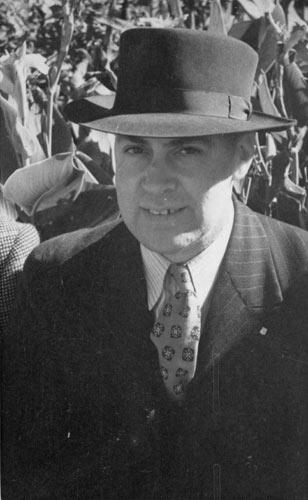 Leslie Kelly, 17 April 1949