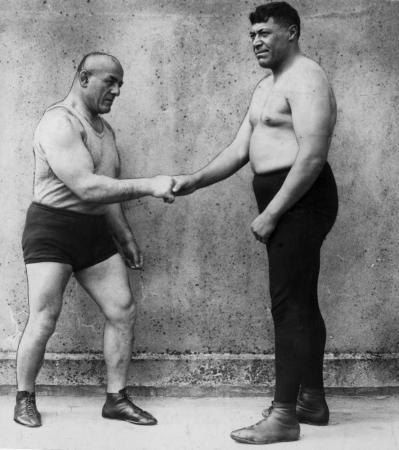 Wrestlers Ihakara Te Tuku Robin (right) and Stanislaus Zbyszko