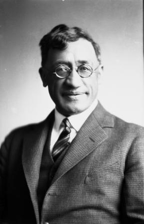 Kīngi Te Ahoaho Tāhiwi, about 1935