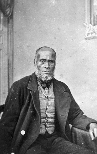 Īhaka Whaanga, photographed probably in the 1870s