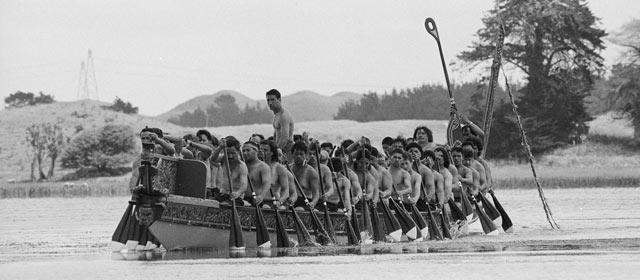 Replica of the Kurahaupō canoe