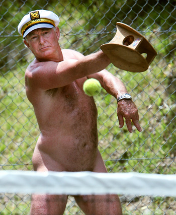 Wellington Naturist Club president Ken Mercer playing miniten, 2008
