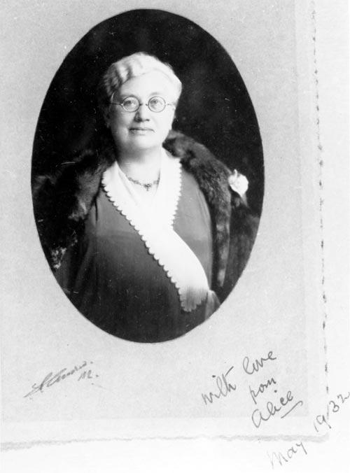 Alice Easton Law