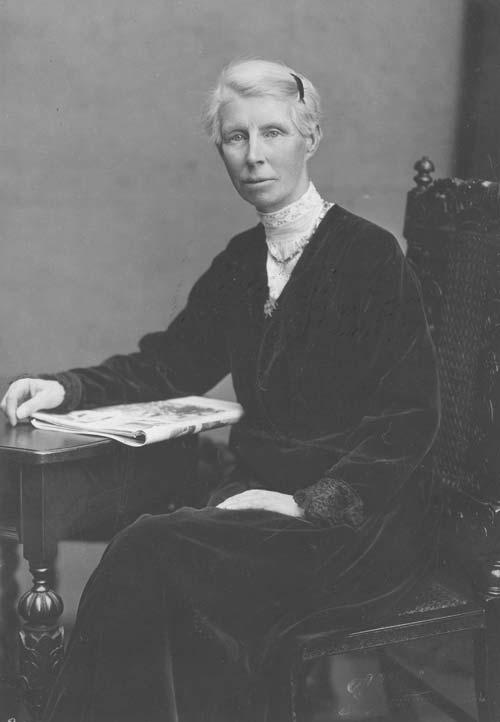 Poet Jessie Mackay in later life