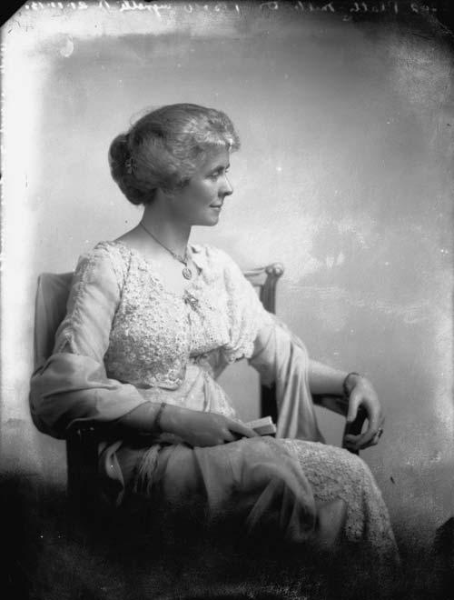 Daisy Elizabeth Platts-Mills, 1913