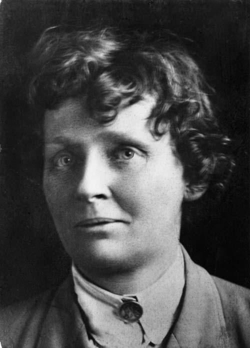 Ettie Annie Rout, 1918