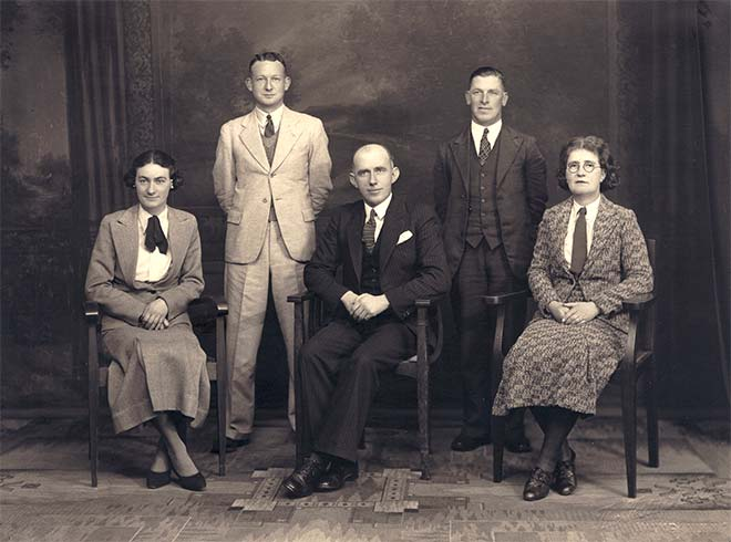 Flora Park Cave Spurdle (right) with staff of the Dominion, 1930s