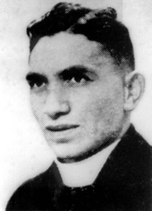Wiremu Hakopa Toa Te Awhitu as a young man