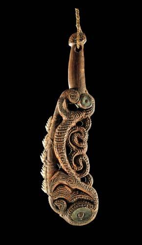 Māripi (shark-tooth knife)