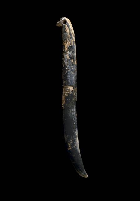 Kapeu – ear pendant