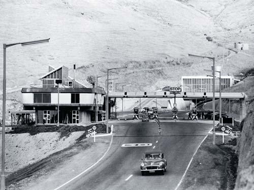 Christchurch–Lyttelton road tunnel