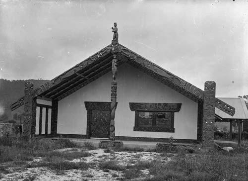Māhinaarangi wharenui (meeting house)
