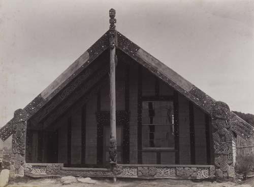 Tamatekapua whare rūnanga (meeting house)