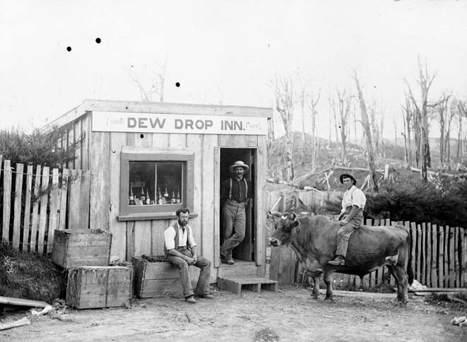 Dew Drop Inn, around 1910