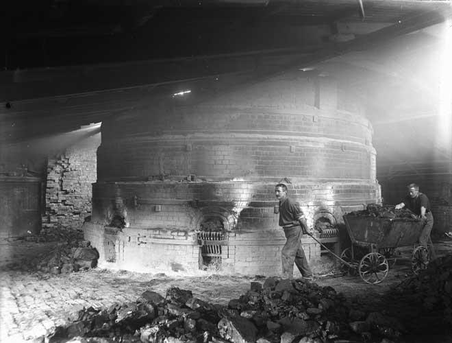 Coal at work, around 1900