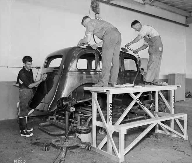 General Motors assembly plant, 1936