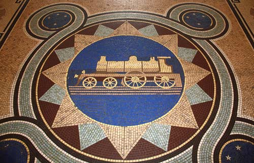 Floor tile, Dunedin railway station