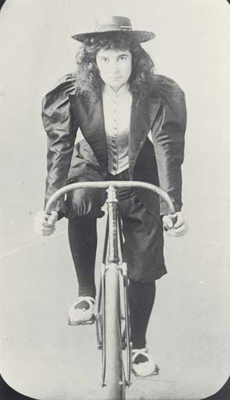 Woman cyclist in knickerbockers