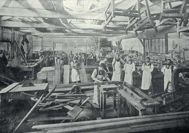 Furniture Factory 1900 City History And People Te Ara