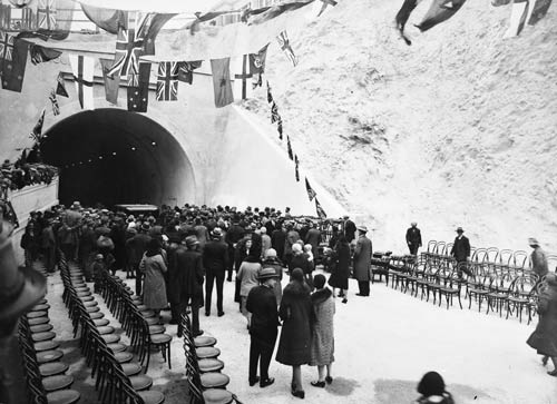 Opening the Mt Victoria tunnel