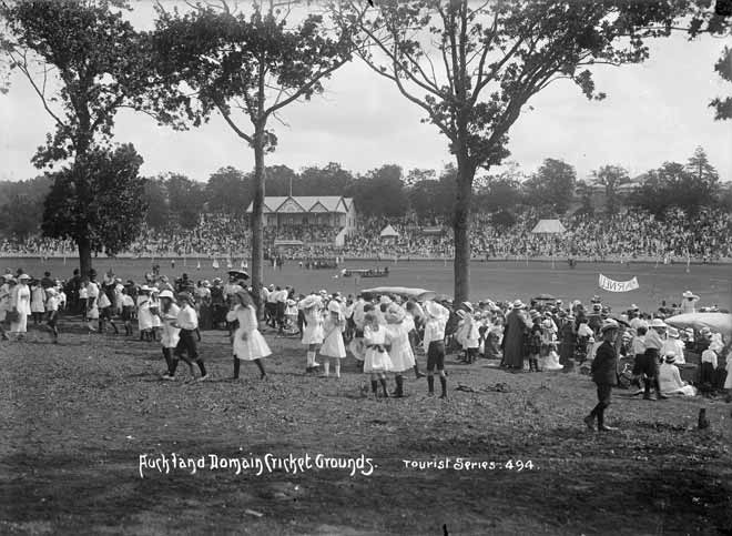 Cricket at the Auckland Domain, 1910s