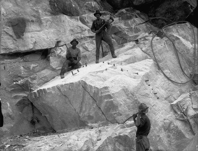 These workers at the Tākaka Hill marble quarry ar...